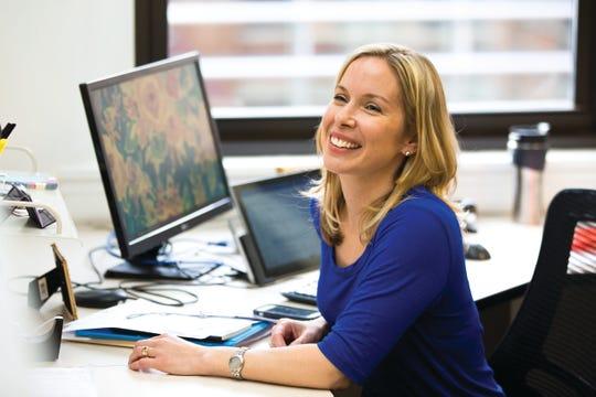 Stacy Delk, Vehr Communications