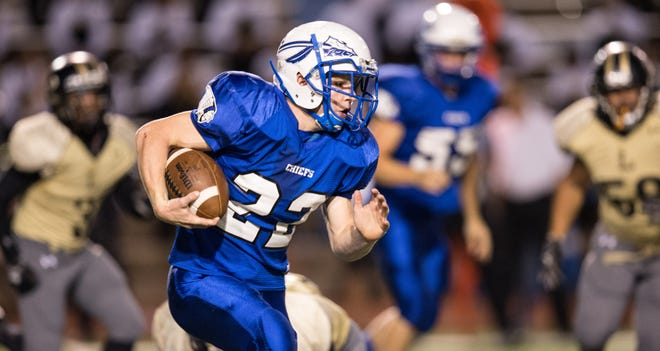Lake View running back Eli Peterson runs against the Lubbock High Westerners in a 2013 game at San Angelo Stadium.