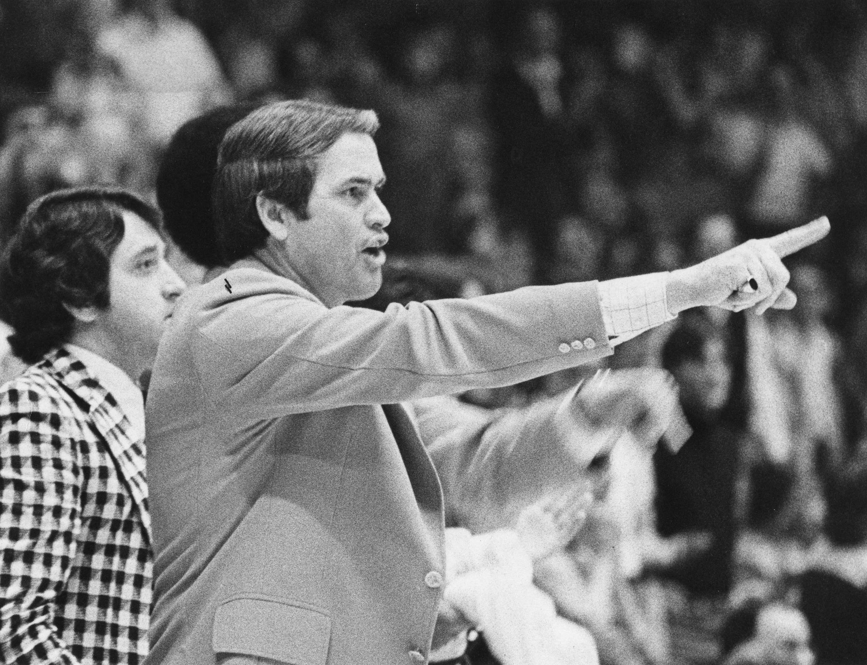 Carl Tacy, former Wake Forest basketball coach, dies at 87