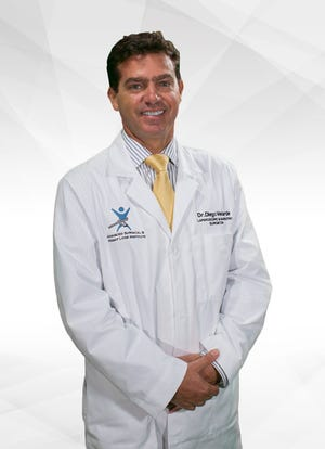 Dr. Diego Velarde isa general surgeon with training in advanced laparoscopy and robotic surgery with an office located in Suntree.