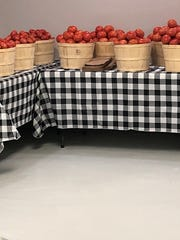 Farm Fresh Produce is perhaps best known for its tomatoes – as one would expect a business operated by someone from Grainger County – and its summertime peaches it gets from South Carolina.
