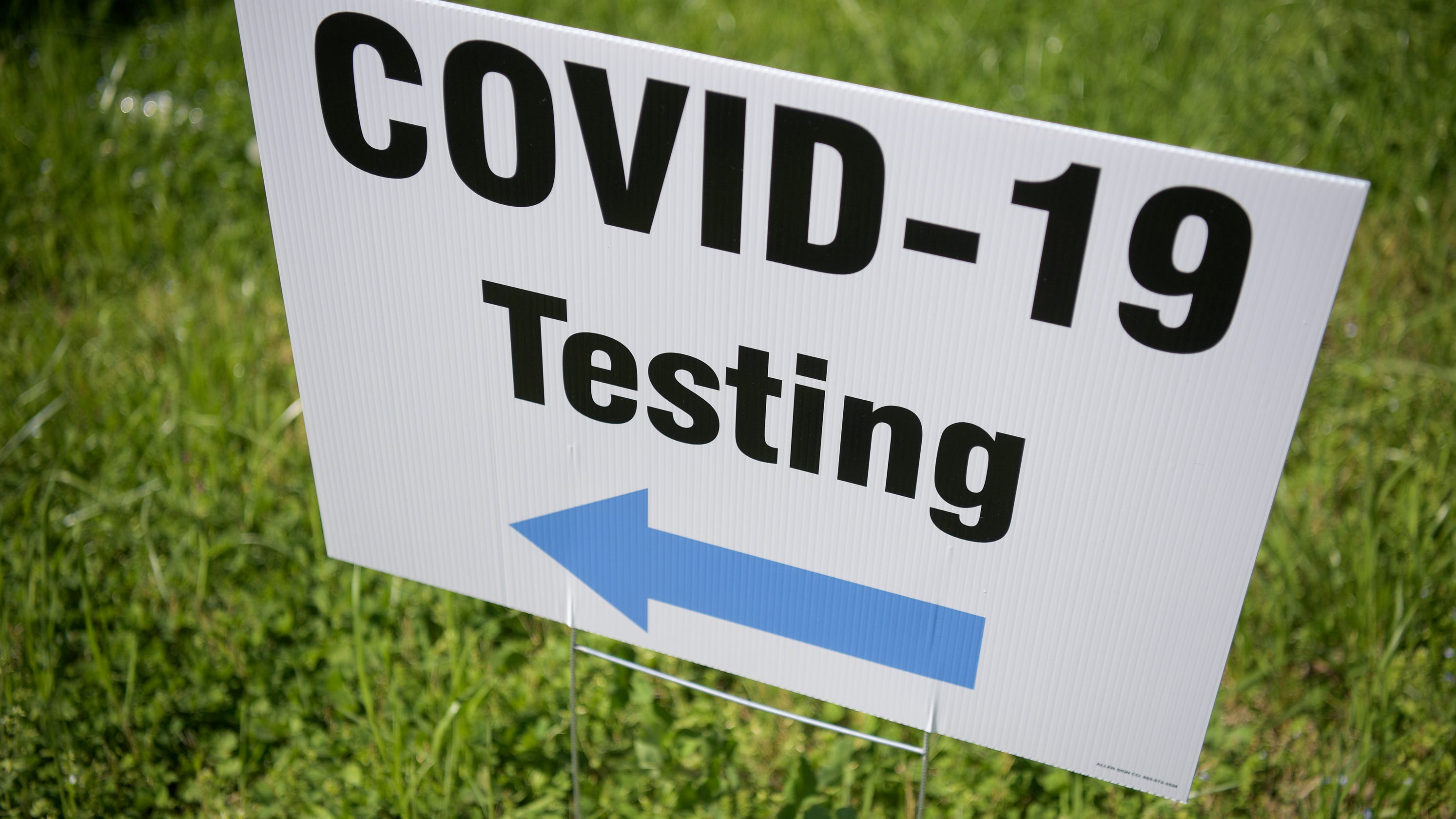 Knoxville offers drive-thru coronavirus testing at zoo, supply drive