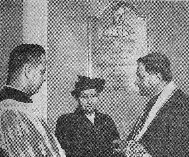 Agatha Dupre Lafleur pictured with Rev. Edwin Gubler (L) and Archbishop Joseph Francis Rummel of New Orleans, at the dedication of a plaque in memory of her son at Notre Dame Seminary in New Orleans, Nov. 27, 1951.