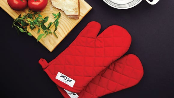 Protect your hands from burns with All-Clad oven mitts.