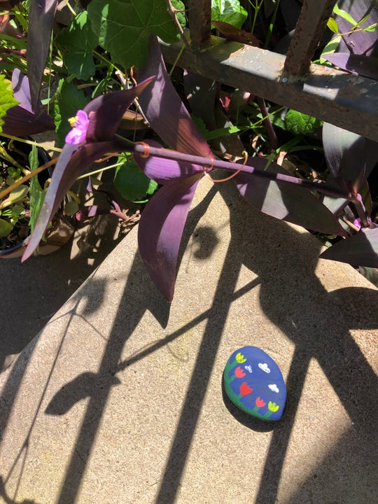 Craft project: Instead Of eggs you paint rocks with colorful patterns.