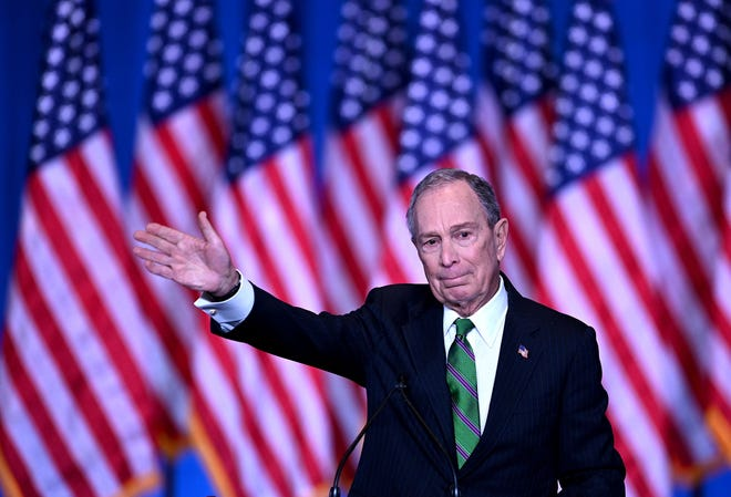 Former democratic presidential candidate and former New York City mayor Mike Bloomberg speaks to supporters and staff on March 4, 2020 in New York City. (Photo by Johannes EISELE / AFP) (Photo by JOHANNES EISELE/AFP via Getty Images)