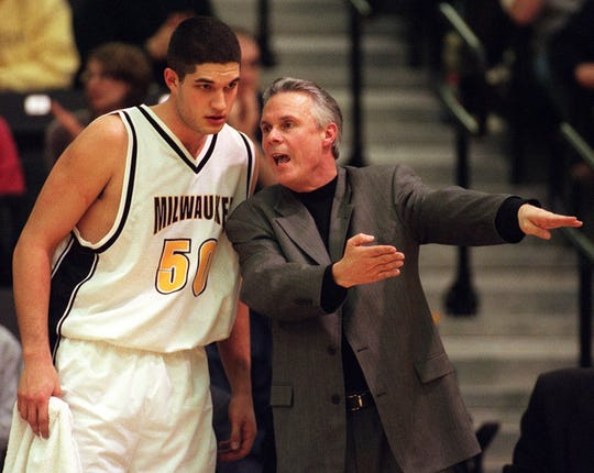 UWM coach Bo Ryan has some tips for Mike Sowder Thursday, February 17, 2000.