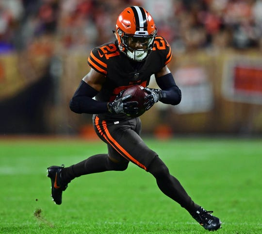 For Browns' Denzel Ward, helping less fortunate during coronavirus pandemic is personal