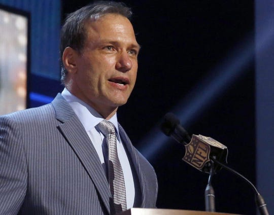Former Ohio State football player Chris Spielman