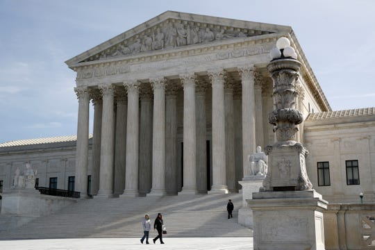 The justices ruled 8-1 that federal workers have a lower hurdle to overcome than their counterparts in the private sector.