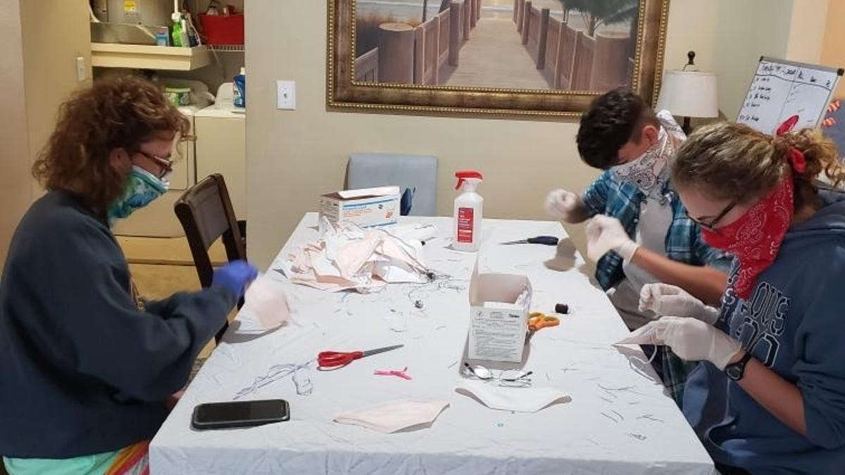 A Memphis hospital had 30,000 unusable N95 masks. An army of volunteers stepped up to repair them