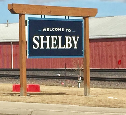 This sign welcomes travelers to Shelby.