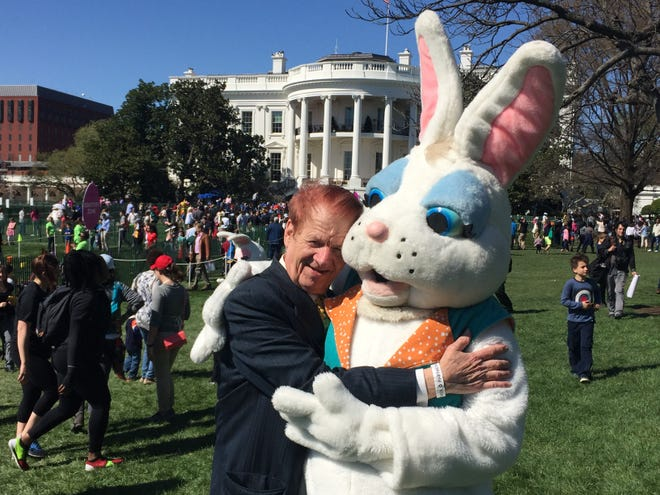 Cincinnatian Jonn Schenz, photographed on the South Lawn of the White House with one of the three costumed characters he had provided for the annual White House Easter Egg Roll since 1981. Schenz, seen here in 2016, died June 6, 2020.