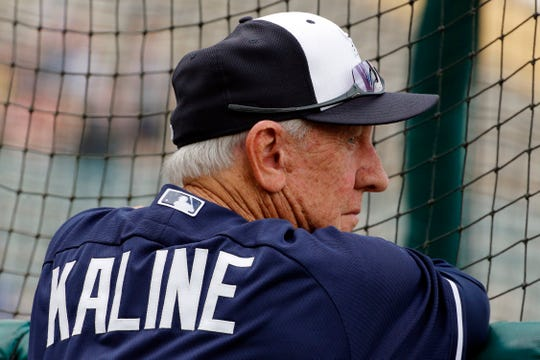 Al Kaline watches the Tigers take batting practice at spring training in 2014.