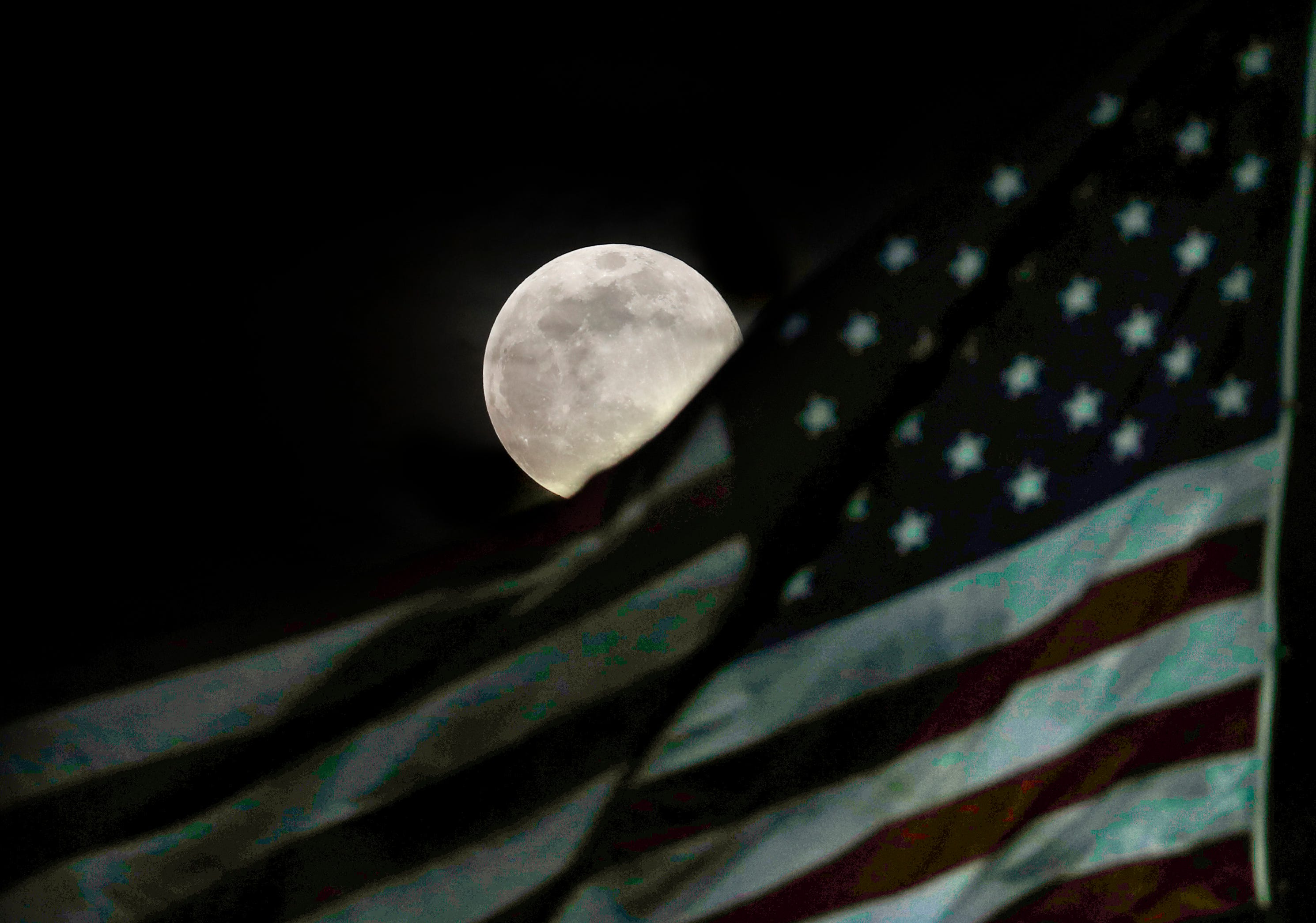 Trump executive order calls for commercializing the solar system, mining the moon