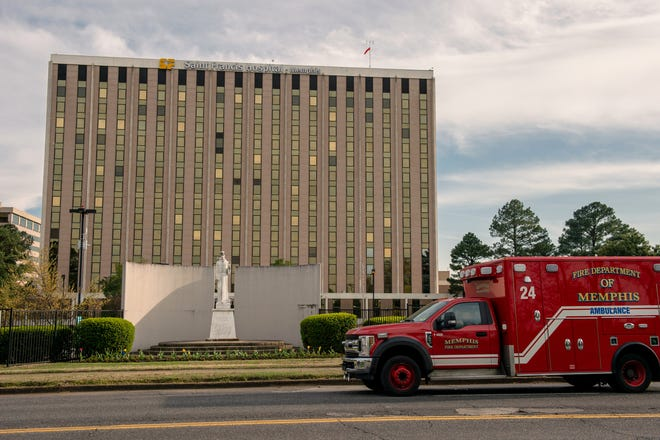 April 01, 2020 - MEMPHIS, TN: A view of Saint Francis Hospital. Photo by Brandon Dill for MLK50 Memphis: Justice Through Journalism