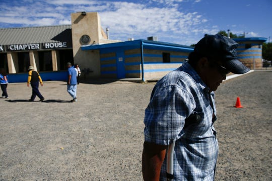 Community members head to the Shiprock Chapter house to cast ballots in the Navajo Nation primary election on Aug. 28, 2018.