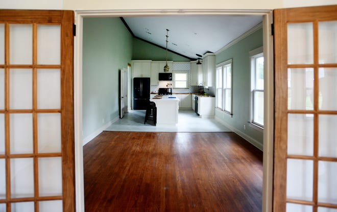 Photos of the College Street house that Catahoula Homes recently renovated in the Highland neighborhood of Shreveport.