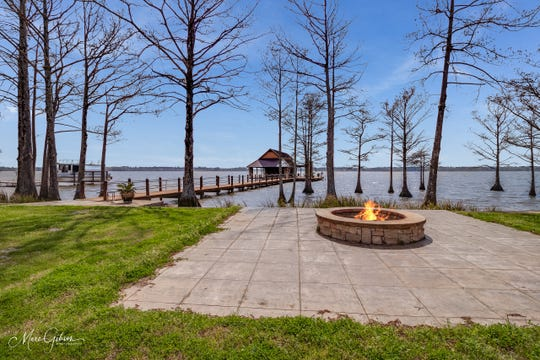 Gather around the fire pit while enjoying gentle lake breezes.