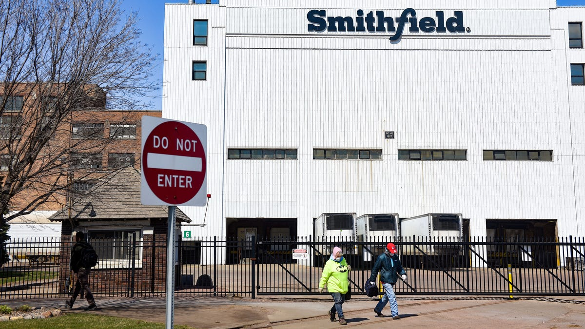 Smithfield Foods officially reopens plant Thursday