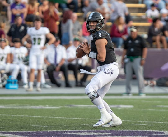 Camarillo High graduate Jake Constantine, who went 19-6 in two seasons as the starting quarterback at Weber State University, has entered the NCAA transfer portal as a graduate transfer.