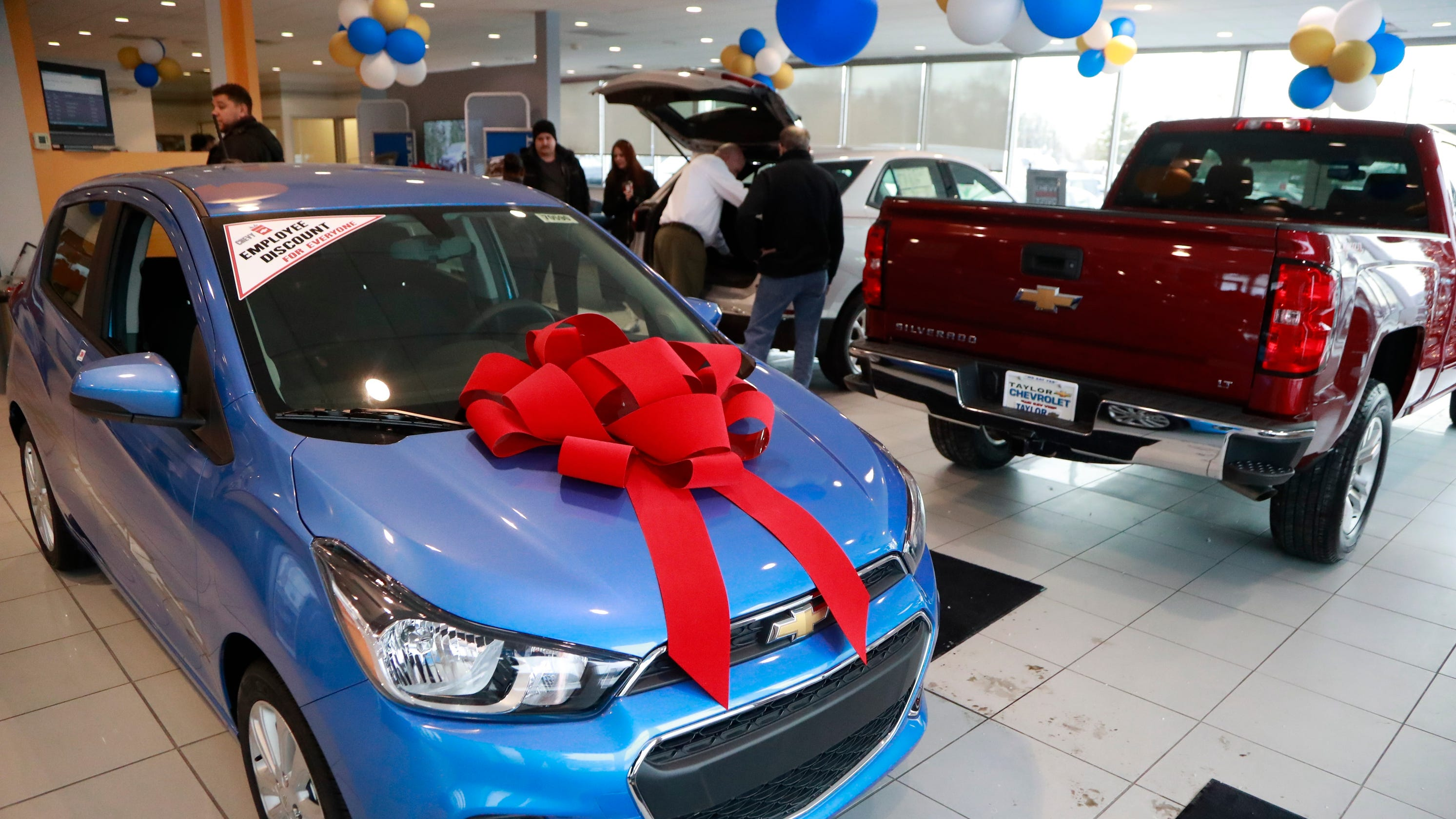 What's to lose on a 0% car loan? Or 120 days of no payments? Plenty