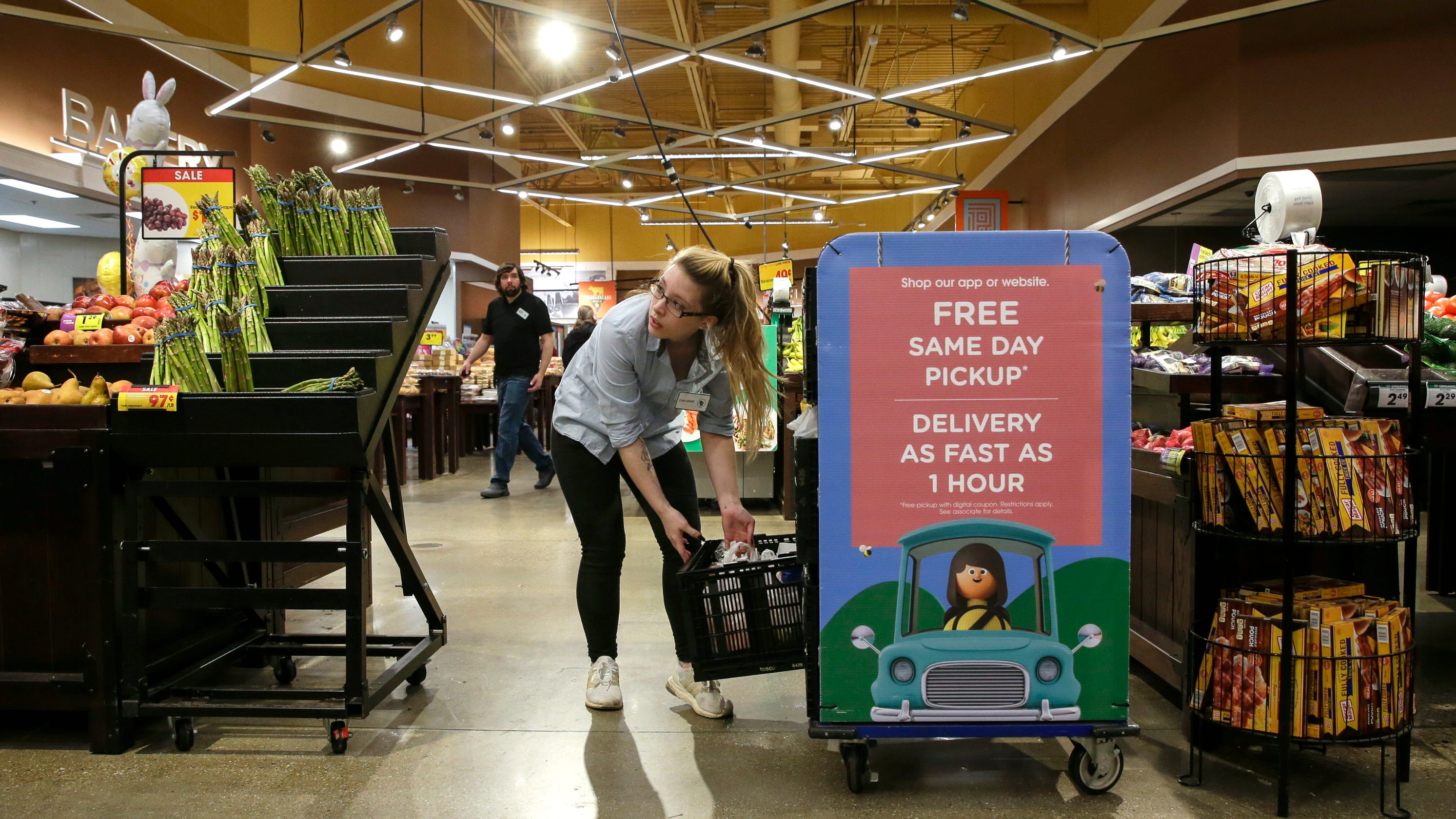 Grocery stores urge patience as more shoppers choose pickup or delivery during coronavirus pandemic