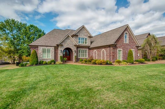 2077 Autumn Ridge Way, Spring Hill 37174
