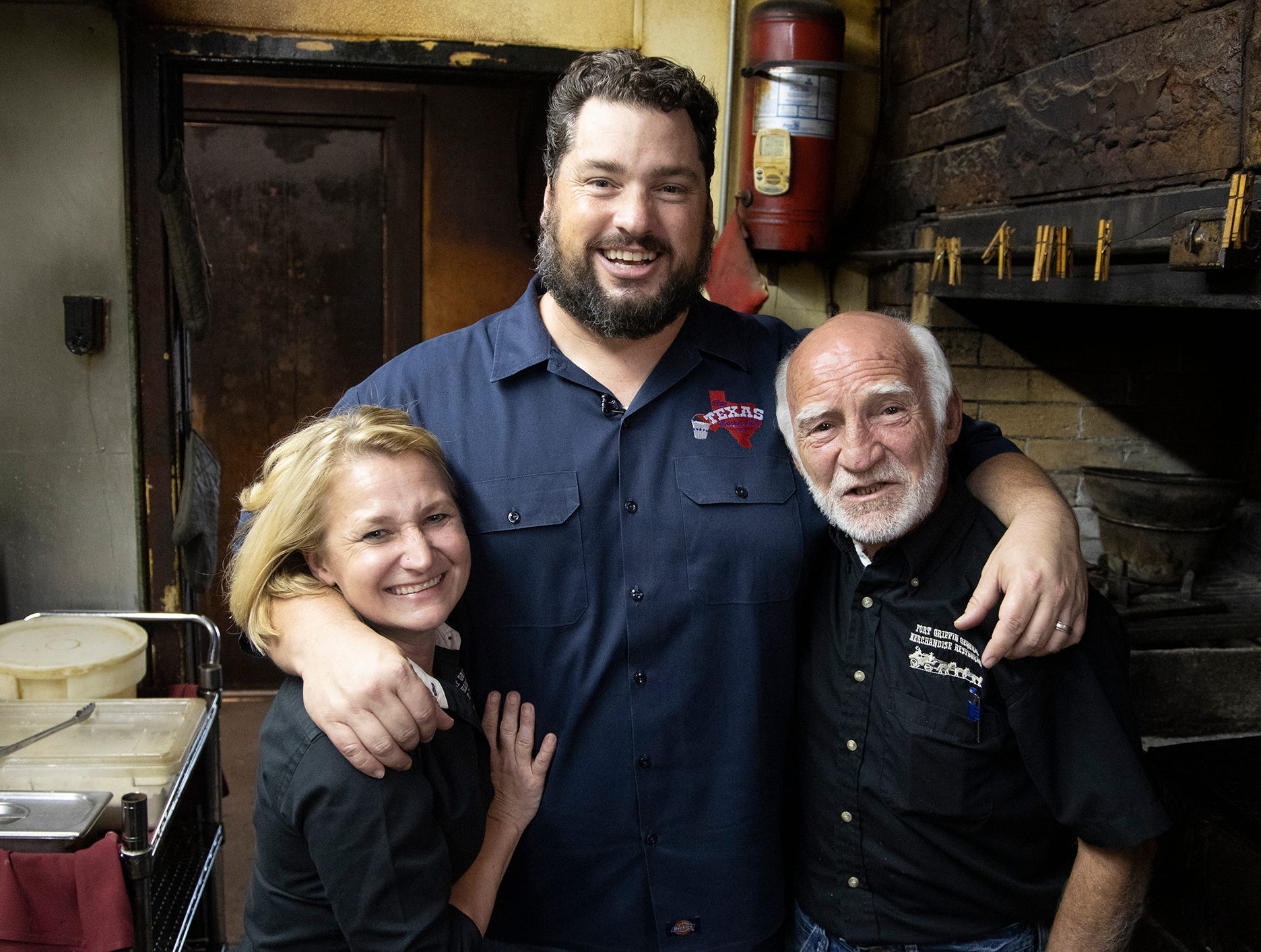 Tv Show To Feature Beehive Restaurant Saloon In Albany