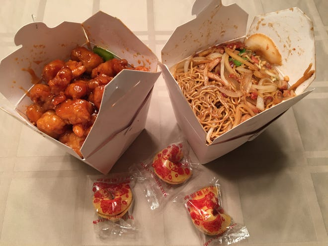 Looking for good Chinese takeout, Bill's Bites headed over to Tony's Hong Kong for some BBQ pork lo mein and General Chicken.