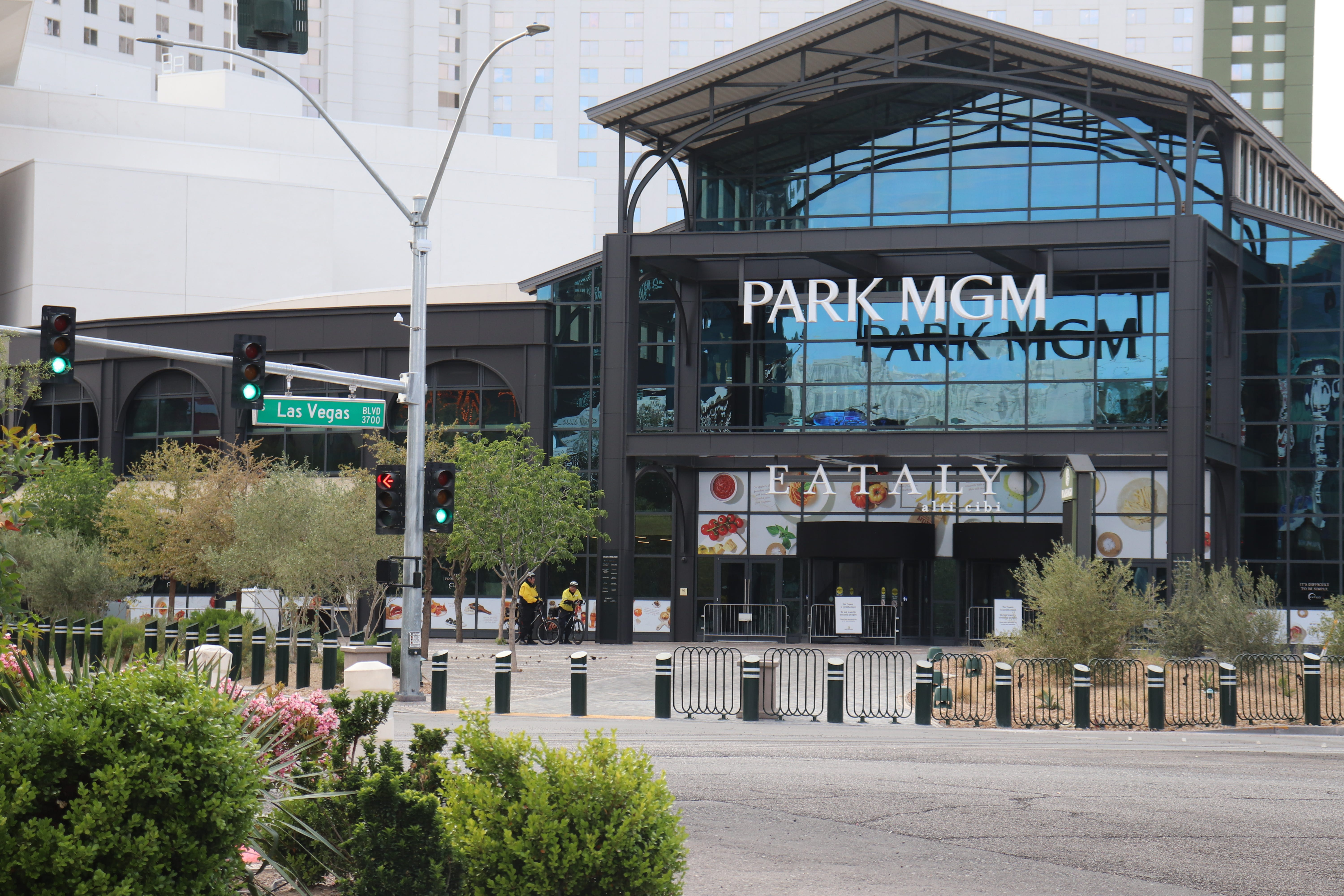 Another Las Vegas resort, Park MGM, closing midweek due to visitor slump