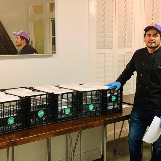 Chef Gabriel Balderas delivers donated meals to healthcare workers, sponsored by 318Eats: Free the Frontline.