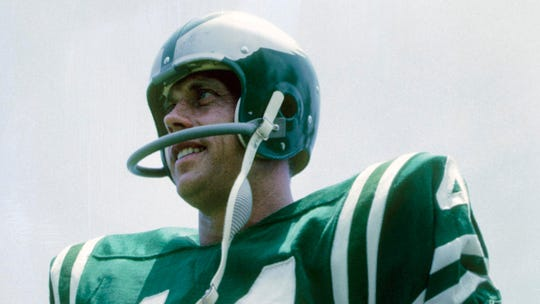 Pete Retzlaff led the NFL in receptions in 1958.