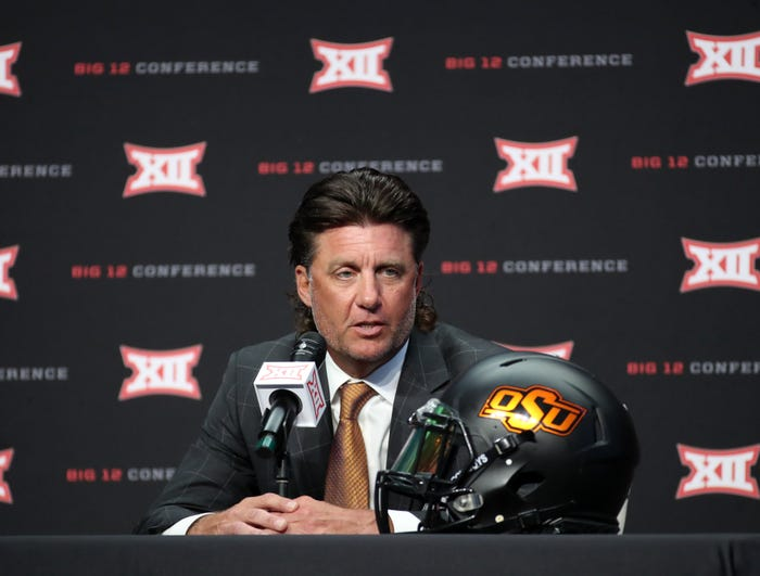 Oklahoma State football coach Mike Gundy apologizes for coronavirus comments