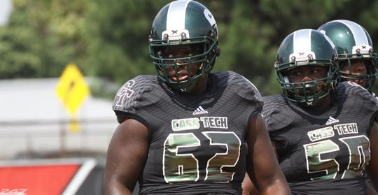 Raheem Anderson, a center from Detroit Cass Tech, committed to Michigan on Sunday.