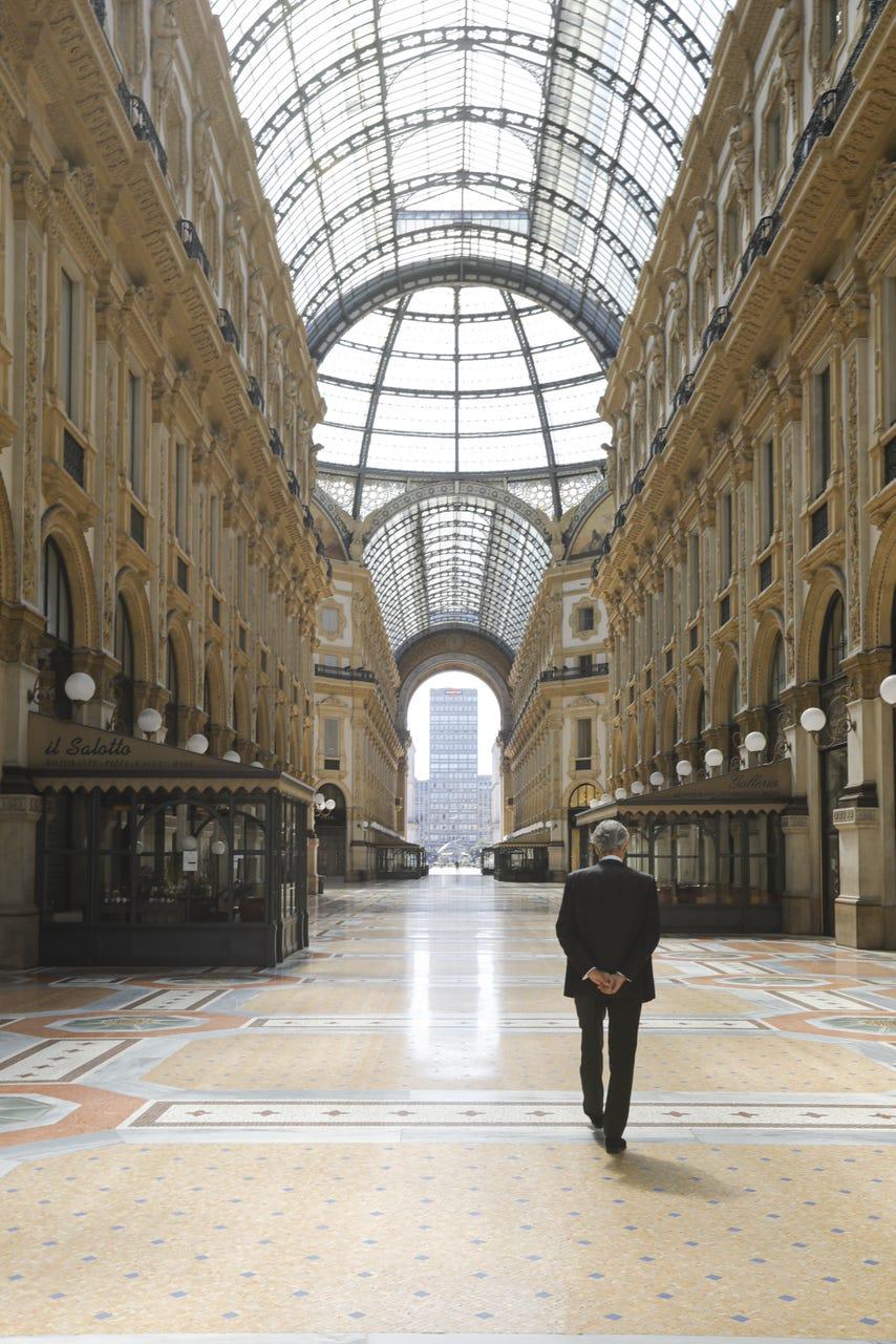 Концерт Андреа Бочелли в Миланском соборе . смотреть
