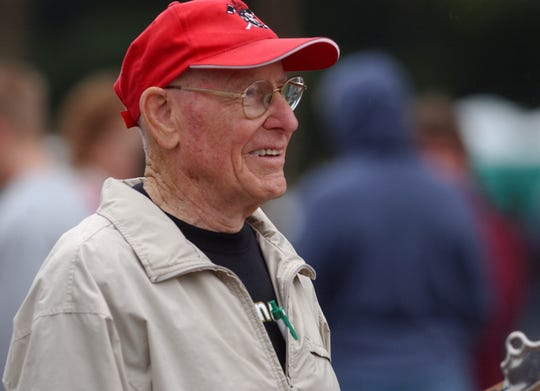 Bill Smiley watches the 50th running of the Smiley Invitational Saturday at the American Legion Golf Course in Wausau in September of 2006.