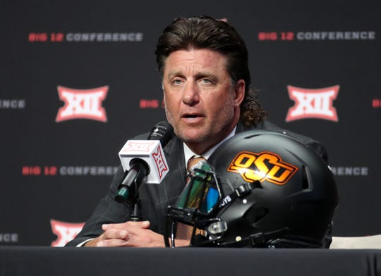 Oklahoma State head coach Mike Gundy at Big 12 Media Days in 2019.