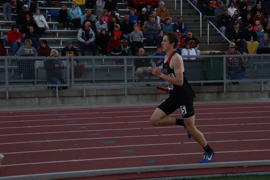 Cole Sylliaasen competes in the 800 during the 2019 Howard Wood Dakota Relays.