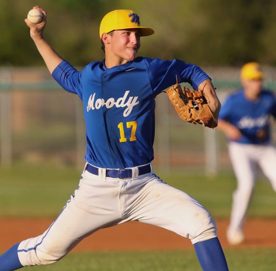 Aaron Hernandez filled in for Moody's injured ace Kenny Saenz to help the Trojans clinch the district baseball title with nine strikeouts in a five-hit shutout of Ray.