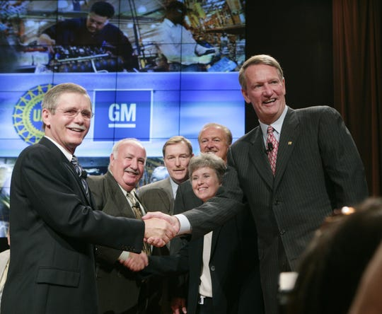 From left, International UAW President Ron Gettelfinger, UAW Vice President GM Cal Rapson, GM North America Group Vice President and President North America Troy Clarke, GM North America VP Labor Relations Diana Tremblay, GM Group VP Global Manufacturing/Labor Relations Gary Cowger, and GM CEO Rick Wagoner prior to the kickoff of the 2007 UAW-GM national contract negotiations in Detroit on July 23, 2007.