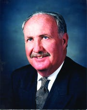 Retired United Auto Workers Vice President Cal Rapson died Wednesday. He was 75.