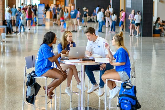 Learn where, when and how to apply for 2020 fall semester scholarships.