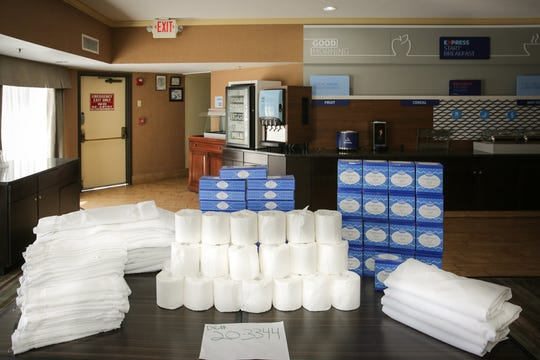 Port Hueneme police said they found 31 rolls of toilet paper, 31 towels of various sizes, four sets of bed sheets and 27 tissue boxes in the car with three people on probation.