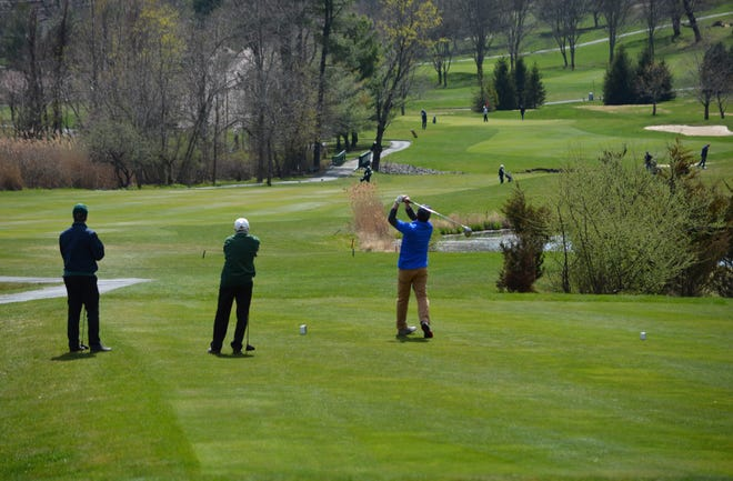 The intervals between tee times at Rotella Course were increased to 10 minutes in hopes of preventing backups that force players to congregate.