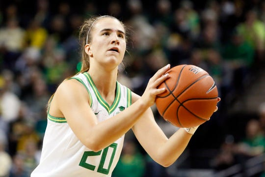 Oregon guard Sabrina Ionescu shoots a free throw during a Pac-12 game against Arizona State on Feb. 9.
