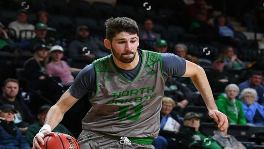 Marko Coudreau will transfer from UND to USF