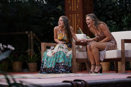 Lauren Mascitti and Grace Leer find out they both made it into the top 20 -- er, 21 -- but 'American Idol' fans chose Leer to go on when the remote competition continues.