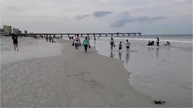 As Florida S Jacksonville Beach Reopens