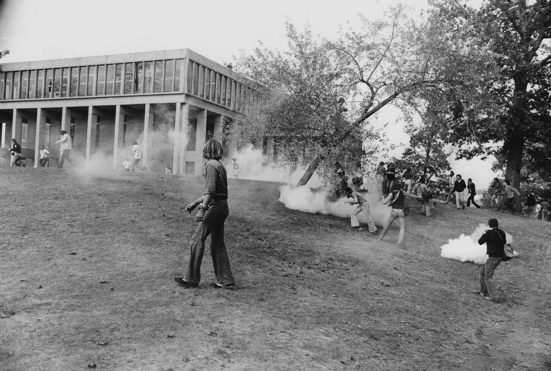 Kent State Halloween 2020 How Kent State endured the 1970 shootings to embrace its tragic past